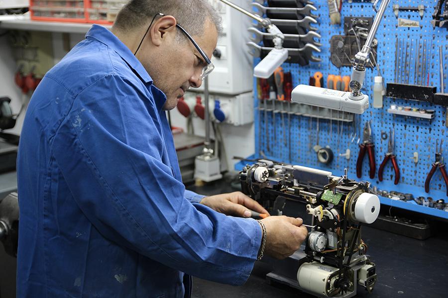 Cretella Luigi riparazioni macchine da cucire Torino